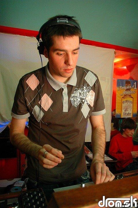 DJ Yannick
