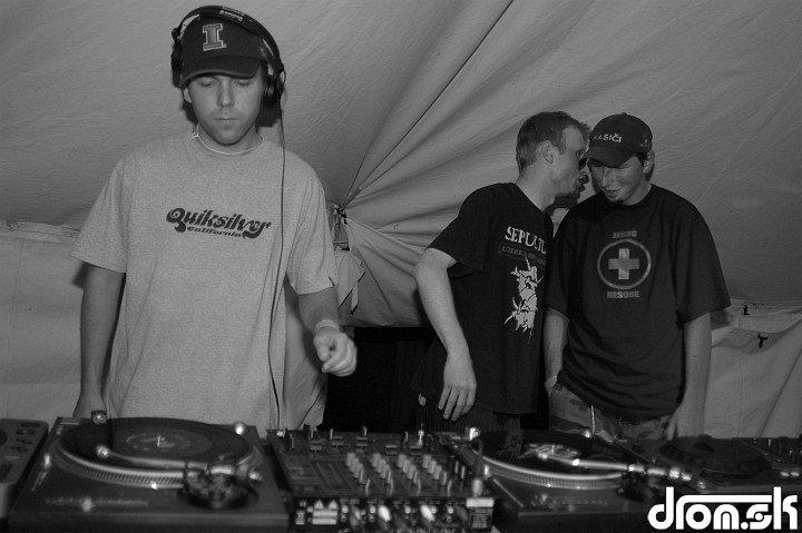 DJ Bendhy & Fractor & Peko