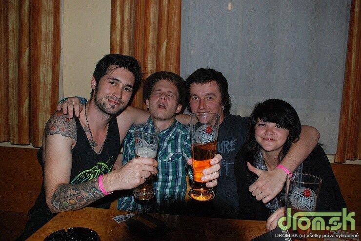 The Rivulet, The Fellaz & The Parentals 25.06.2010 v RockFabric - ludia